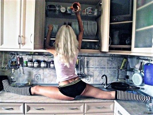 ноги тянет на кухне