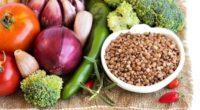 Диета на гречке и овощах: можно ли есть фрукты и пить кефир?