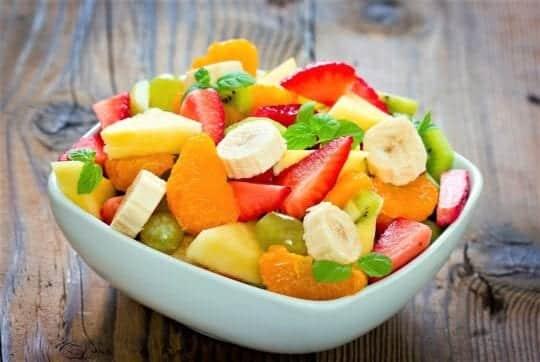 салат из разных фруктов
