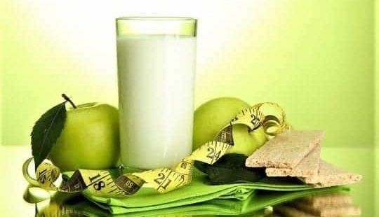Диета на кефире и яблоках: если 9кг за 9 дней, то сколько ты сбросишь за 100 дней?