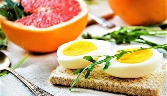 Диета грейпфрут и яйца: четырехнедельный марафон для сброса 6 кг?