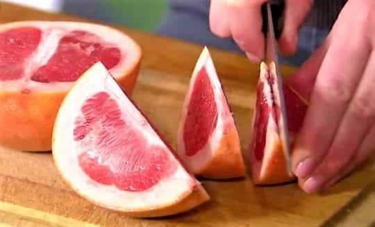 грепфрут режет