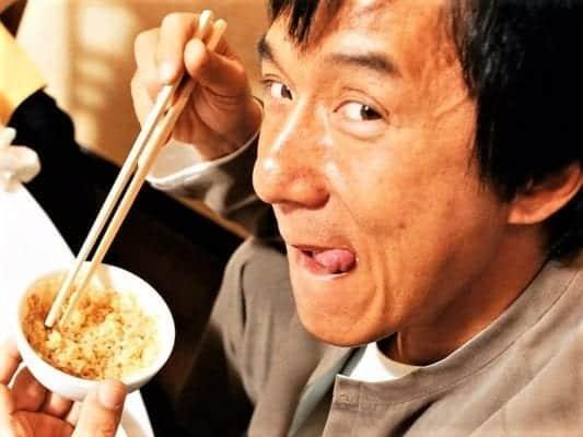 Китайцы едят рис