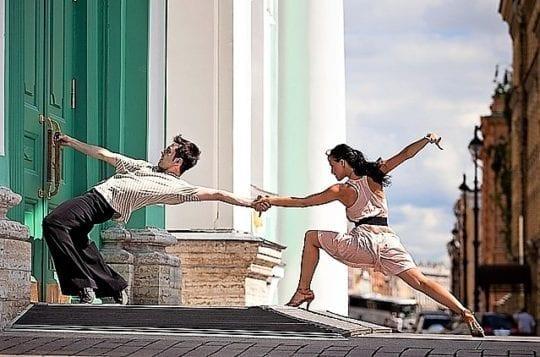 танцы на улице