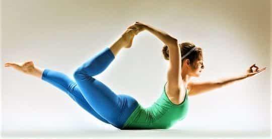 Йога для начинающих для похудения: упругие ягодицы за 15 минут и кому нельзя заниматься йогой