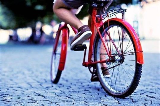велосипед на площади