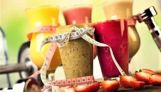 Коктейли для похудения: питательные и протеиновые жиросжигатели за 5 минут