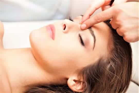 массаж лица девушке