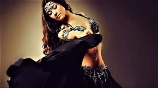 танец живота девушка